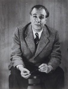 Borges pe scaun